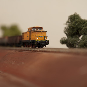 Der erste Zug rollt!